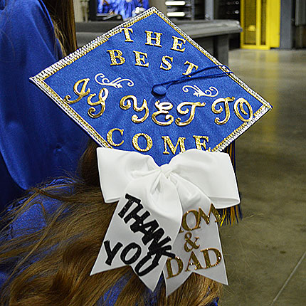 "Graduation Cap that reads ""The best is yet to come - Thank you Mom and Dad"""