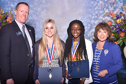 SCC president Kevin Brockbank with Taylor Bartoschek, Oluwanifemi Shola-Dare and CCS Chancellor Christine Johnson